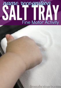 For those little ones that learn best when they can explore through multiple senses, this name recognition salt tray activity is perfect and will work their fine motor skills at the same time!