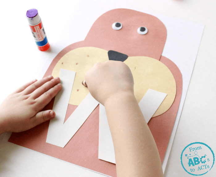 Teaching Preschoolers the Alphabet with Letter Crafts - Lowercase W